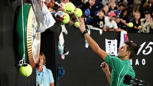 Australian Open: 900-я победа Джоковича и прятки Федерера