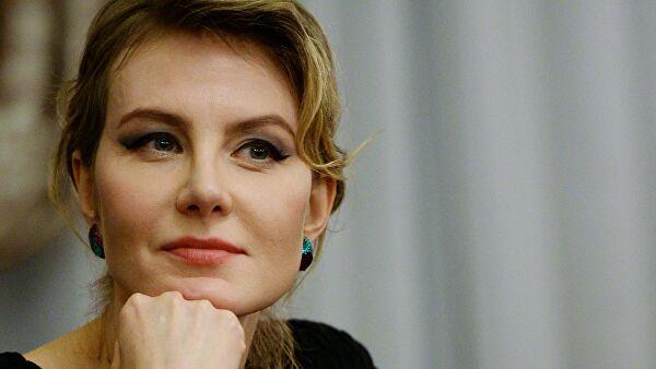 Оперировавший Литвинову врач рассказал о ее состоянии после аварии
