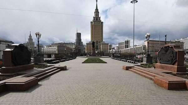 Контроль на цифре. В Москве вводят систему обязательных пропусков