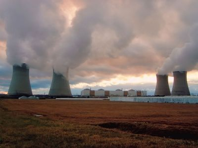 Энергетические компании попросили правительство сократить срок моратория на пени за неуплату ЖКХ