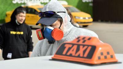 Москвичи могут доехать до соседнего гипермаркета на машине или такси