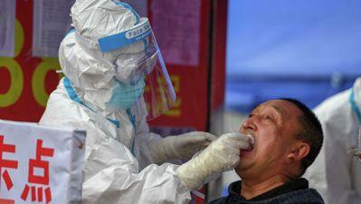 В Китае за сутки выявили семь случаев заражения COVID-19