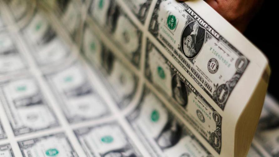 Дефицит бюджета США вырос в сто раз