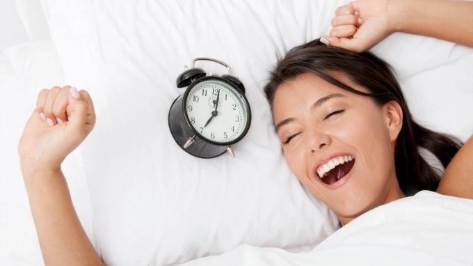 Сила воли и настойчивость: сомнологи рассказали, как просыпаться бодрым