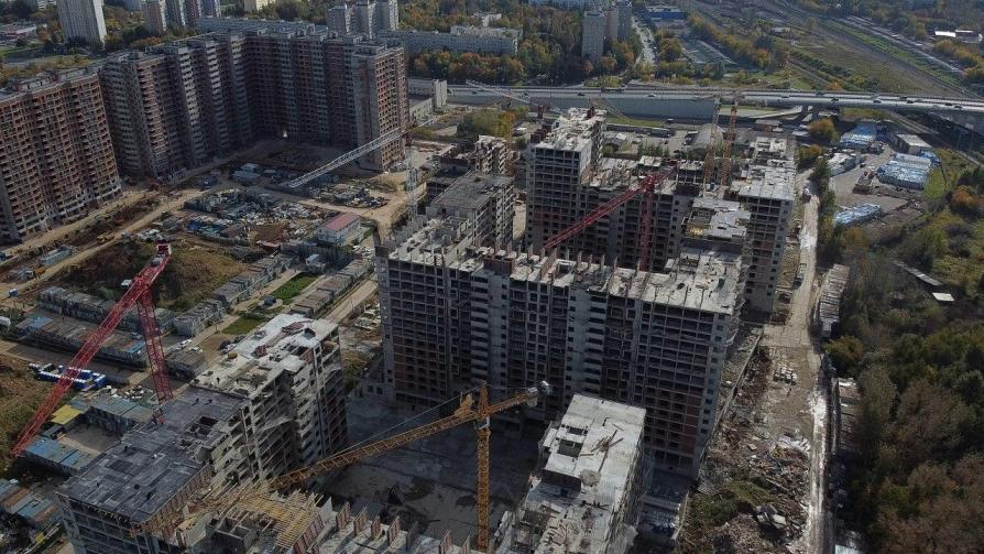 Город восстановил права около 1 400 дольщиков проблемного объекта на 6-ой Радиальной улице