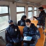 Из-за отсутствия масок в электричках Ленобласти оштрафовали 15 человек