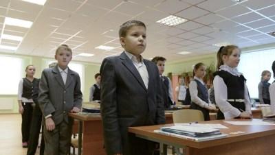 Власти Ленобласти отказались вводить досрочные каникулы для школьников