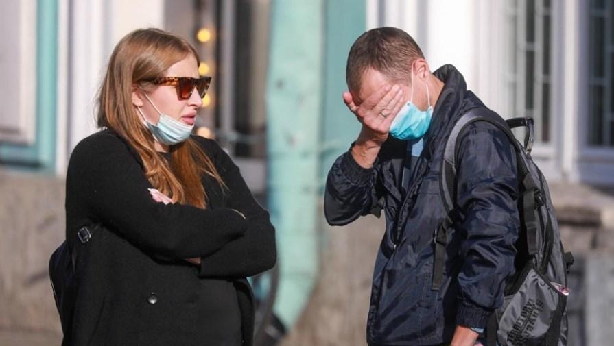 Критически много заболевших: Беглов готовится ввести жёсткие запреты