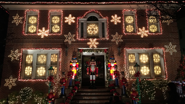 Christmas Light Display Queens New York