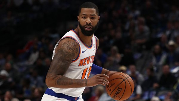 Knicks Hang On To Beat Warriors In OT, Snap 10-Game Skid