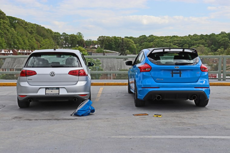 2018 Ford Focus RS and 2016 Volkswagen GTI on NewYorKars
