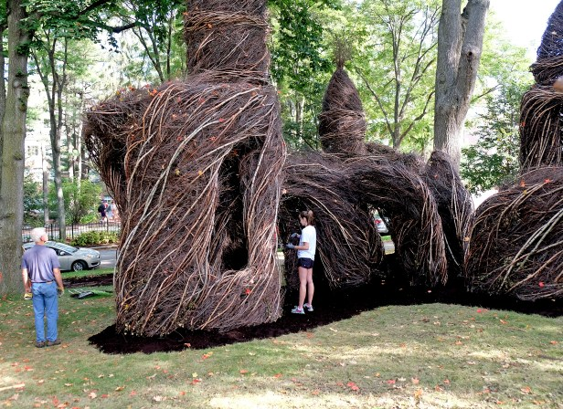 Patrick Dougherty, Just Off the Beaten Track at the College of the Holy Cross. Photo Virginia Raguin.