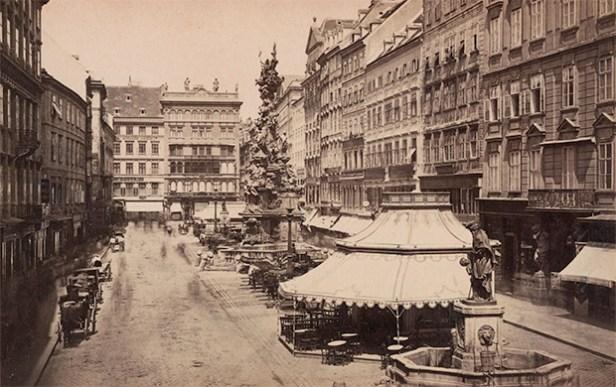 """Wilhelm Joseph Burger (1844 Wien – 1920 Wien) österreichischer Landschafts- und Expeditionsphotograph """"August 1871. Graben, mit der Pestsäule in Wien"""""""