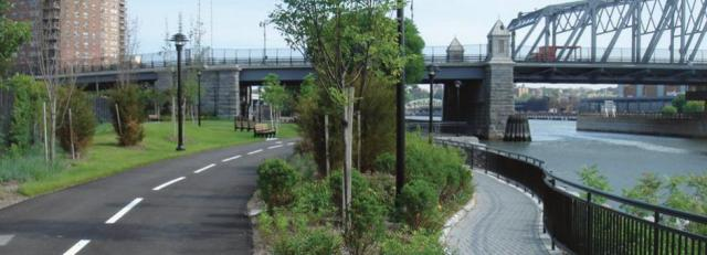 Harlem River Park in 2014. Today is has problems of drugs, prostitution and the homeless.