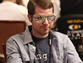 Jonathan Little Shares His Top 10 Tournament Tips
