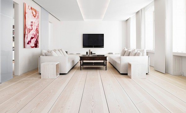 white-wooden-flooring-600x364
