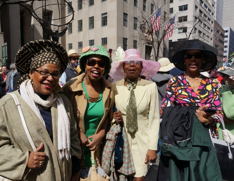 easter-bonnet-parade-nyc-lady