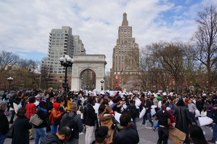 nyc-events-pillow-fight