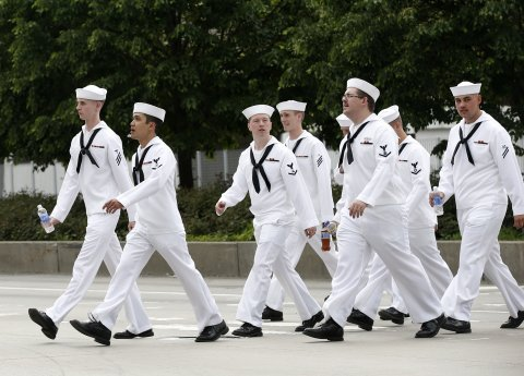 navy-sailors-fleet-week
