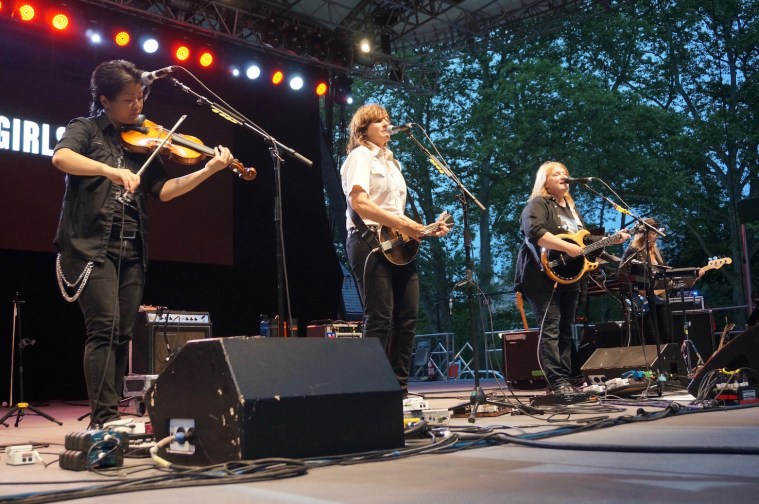 summerstage indigo girls