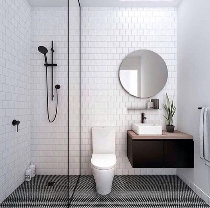 9987d9fd3e8c41c40fe17304625e636f--bathroom-subway-tiles-bathroom-tile-designs