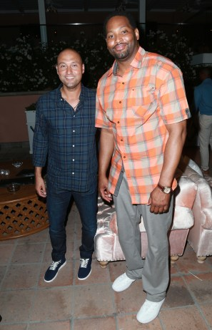 JULY 11: NBA players Derek Jeter (L) and Robert Horry attend The Players' Tribune Hosts Players' Night Out 2017 at The Beverly Hills Hotel on July 11, 2017 in Beverly Hills, California. (Photo by Leon Bennett/Getty Images for The Players' Tribune )