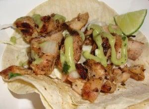 Pollo asada taco