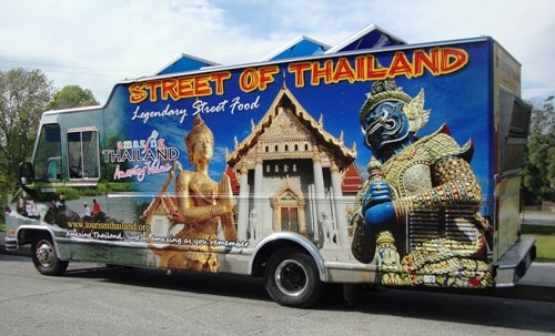 To The Universal Gate 2 Spot On Valleyheart Again For Lunch And This Time There Were Trucks Choose From Knockout Tacos Streets Of Thailand
