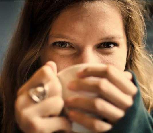 Light Roast Coffee vs. Dark Roast Coffee