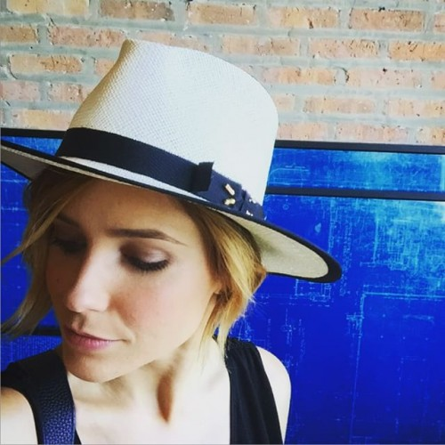 Image Source: Instagram @sophiabush