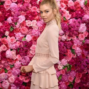 Victoria's Secret Angels Josephine Skriver And Stella Maxwell Celebrate The Bombshell Fragrance