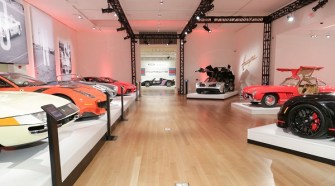 Sotheby's & Oscar de la Renta Celebrate 'A Life of Luxury'