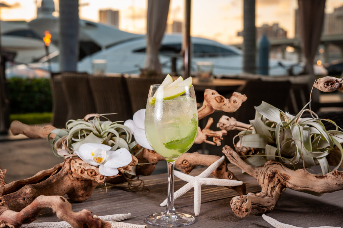 2019 09 27 TheCocktailShaker 52Chefs TheDeck FR 0802