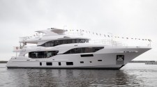BENETTI LAUNCHED M/Y SUNRISE MEDITERRANEO 116