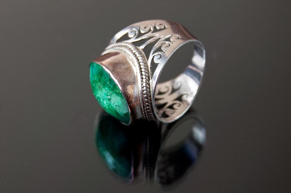 Emerald Stone Rings
