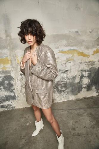 baggie jacket by Nolita in gold