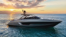 56' RIVALE HARD TOP: THE PERFECT OPEN AND A PARADIGM OF COMFORT