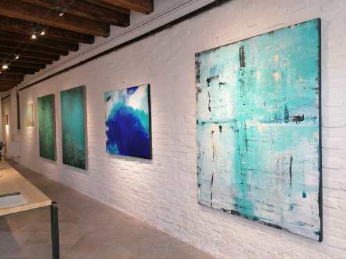 Discover Sant'Eufemia Gallery and the Emerald Exhibition 19
