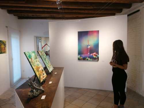 Discover Sant'Eufemia Gallery and the Emerald Exhibition 23