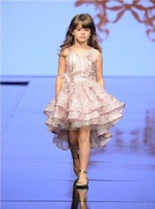 Runway of Isabella Couture at Art Hearts Fashion LAFW Fall/Winter 2017 11