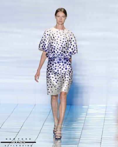 LIE SANGBONG Spring-Summer 2015 Collection Show 33