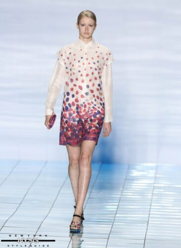 LIE SANGBONG Spring-Summer 2015 Collection Show 31
