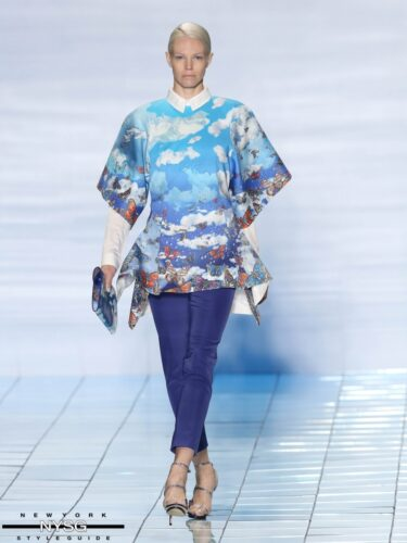 LIE SANGBONG Spring-Summer 2015 Collection Show 13