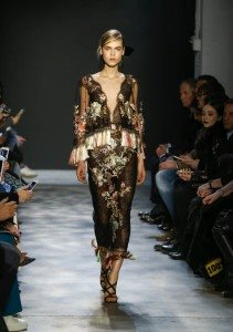 Marchesa Fall 2017 Collection at New York Fashion Week 5