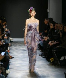 Marchesa Fall 2017 Collection at New York Fashion Week 19