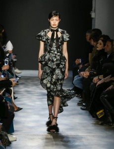Marchesa Fall 2017 Collection at New York Fashion Week 35