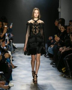 Marchesa Fall 2017 Collection at New York Fashion Week 39