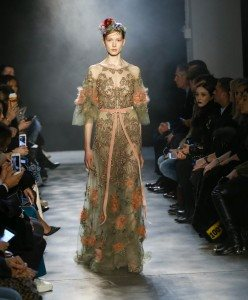 Marchesa Fall 2017 Collection at New York Fashion Week 57