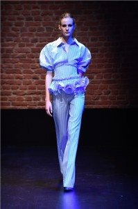 SUDI ETUZ'S INTERPRETATION OF ACTUALITY WITH TRANSPARENT, HOLOGRAPHIC AND STRIPED DESIGNS 7