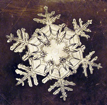 The first snowflake ever photographed
